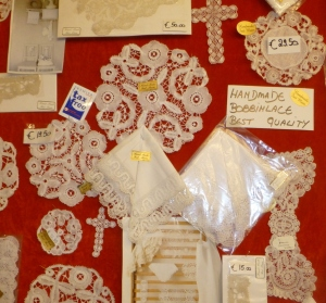 Genuine bobbin Brugge lace by students